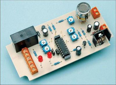 MQ-7  Carbon Monoxide Alarm Circuit PIC16F88
