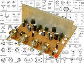 Stereo Tone Controlled 12V Amplifier Circuit with TDA2003