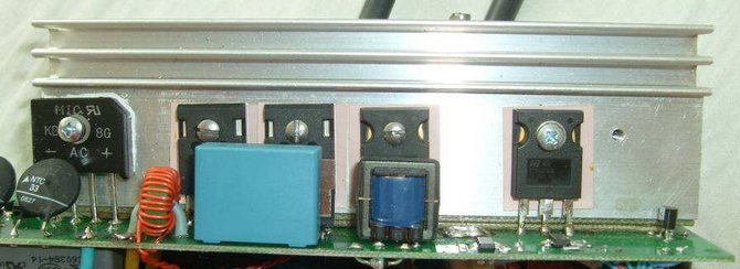 charger-one-pulsed-conducting-changer-switching-source-uc3845
