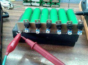 Simple Balancer Circuit for Li-Ion Batteries