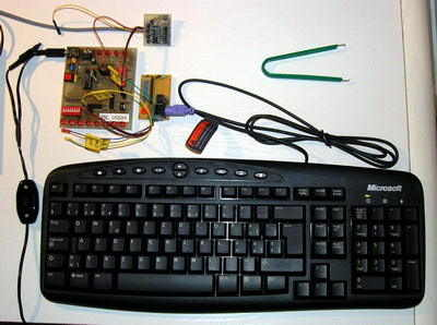 PICmicro PC Keyboard Interfaces PIC16C74 PIC16F84 PIC16F77 klavye ara birim