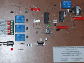 Điều khiển thiết bị từ xa với điện thoại PIC16F84 CM8870