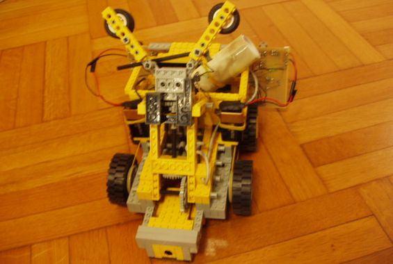 lego-robot-kol-robotlar-legolar-govde