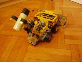 legodan-robot-araba-bariyer-robotu-4