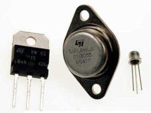 0-30 V Kısa Devre Korumalı Transistörlü Güç Kaynağı