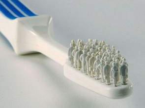 Diş Fırçası ve Titreşim Motoru ile Robot