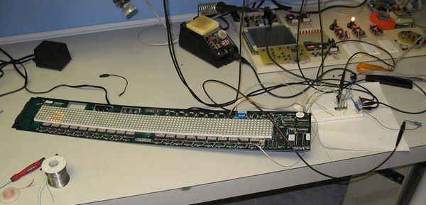 led-sign-with-mmc-memory-card-atmega128-large-amount-of-ram