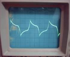 volt div düğmesi 2 V kademesinde