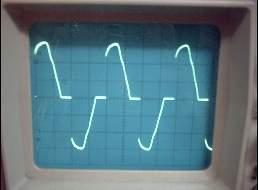volt div düğmesi 10 V kademesinde