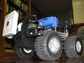 Linksys WRT54G Modem ve PIC16F628 ile Wifi Robot