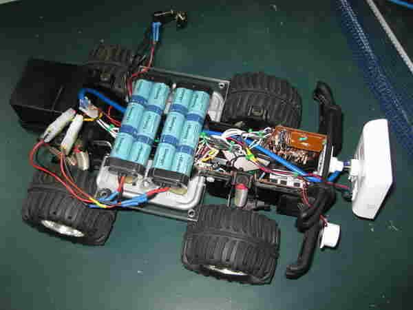 model-maket-araba-wifirobot-pic16f628