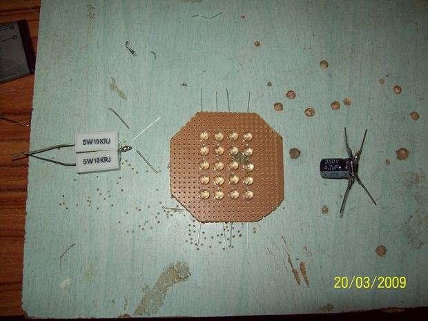 delikli-plaket-uzerine-led-montaj