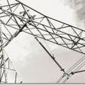 İzolatörler elektriksel yalıtımı sağlamak mekanik tespit