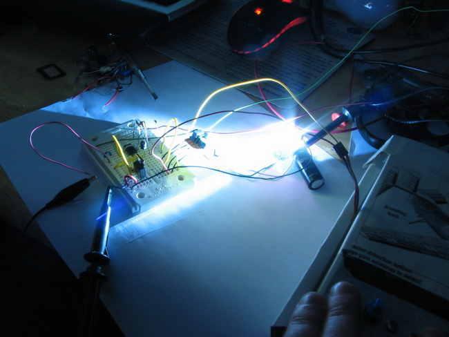 ne555-mosfet-flash-hack