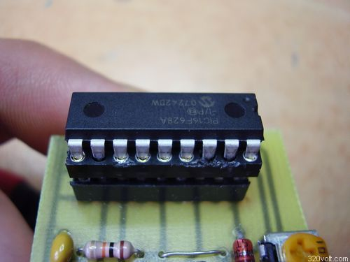 Simple cheap pic programmer Circuit pic16f628 adaptor