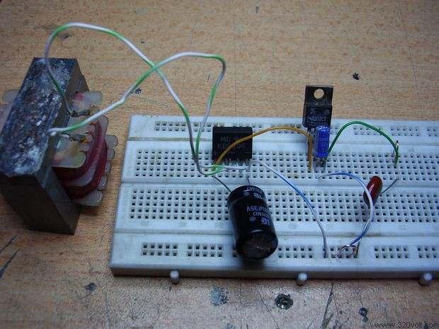 7808-8volt-regule-bord-test