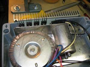 14 Volt 20 Amper Güç kaynağı L200 IRFP250