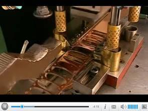 Sản xuất dây chuyền đánh cá giả từ dải đồng thau