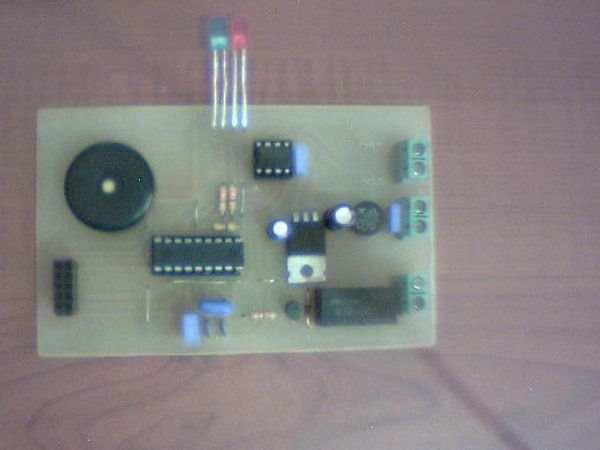 PIC16F88 SN75176 CCS C EM4100 RF ID Reader Project rf id pcb ust