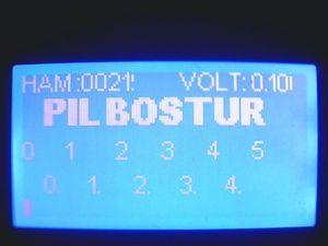 PIC16F877 Battery Volt Meter ADC Proton ide Example grafik lcd adc proton pic16f87 pil 0v