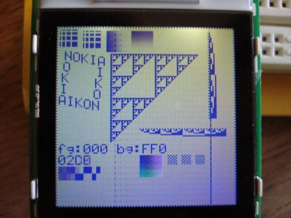 microchip-atmel-avr-nokia6100-lcd-tft-testpattern