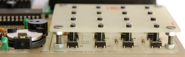 atmega16-atmega32-atmel-Microprocessor-development-board-circuit