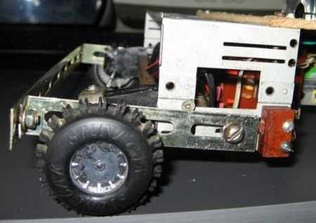 pic16f628-robot-oto-tekerlek-robotlar-car-robots-hbridge-motor-motors