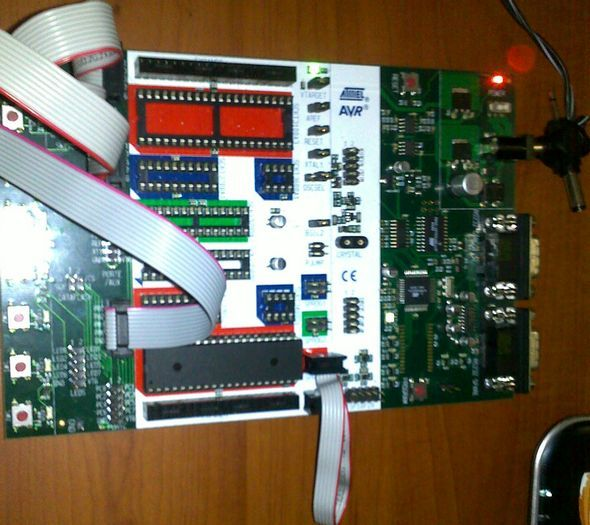 stk500-7447-atmega8515-megaavr-avr-code-development-engineer-prototypes