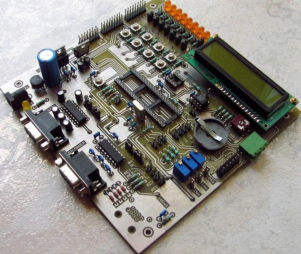 pic18f452-development-board
