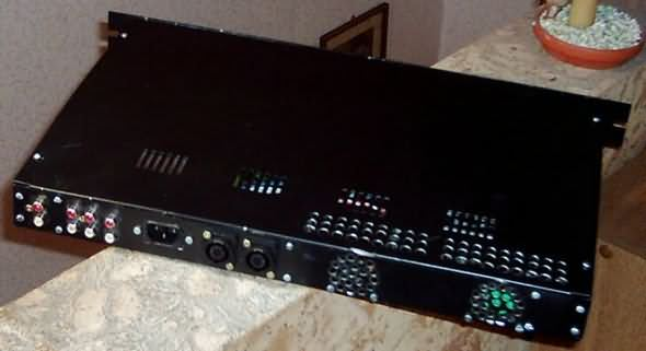 av-800-watt-mosfet-power-amplifier