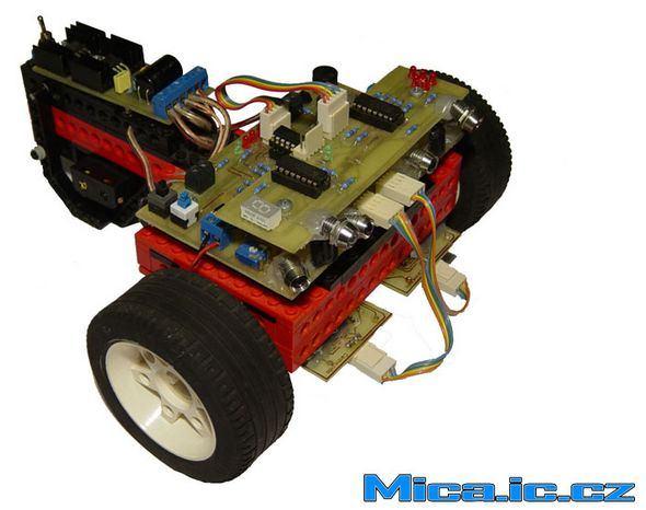 cizgi-izleyen-robot-line-follower-robot-robot-mc68hc908qb8-pic12f508