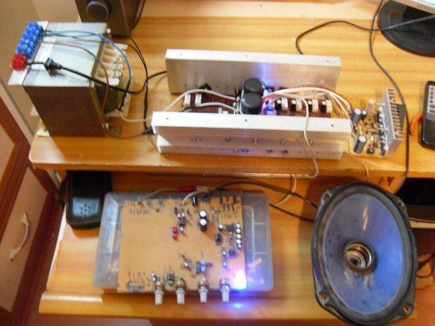 amp-circuit-av800-power