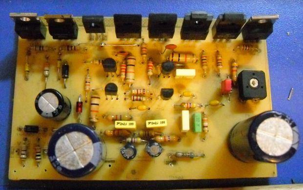 av800-amp-pcb