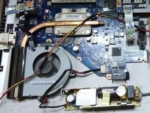LCD Monitör içine Laptop