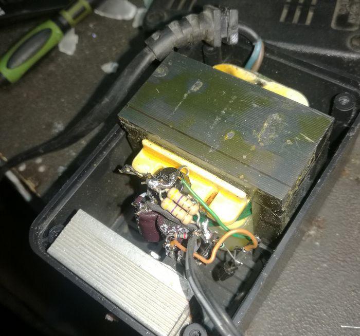 12v-2.2ah-charger-circuit