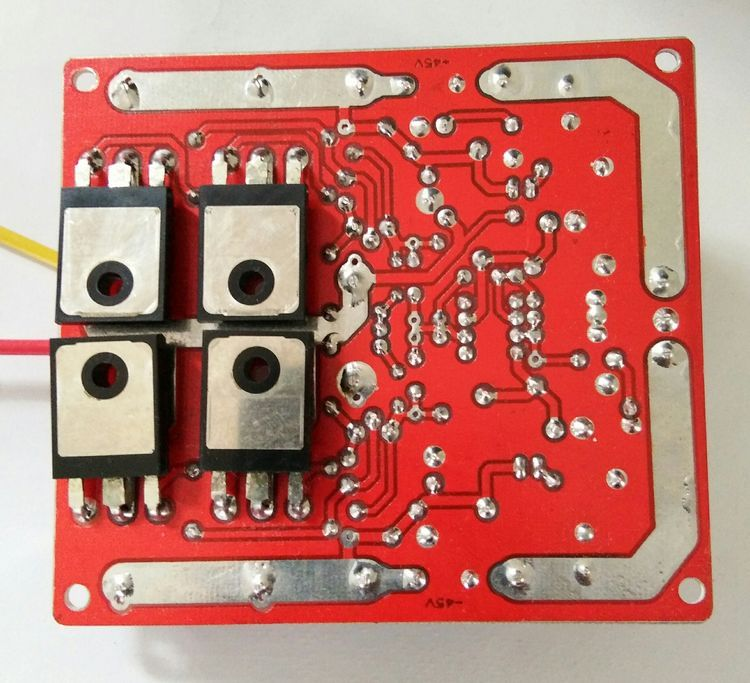 400w-amp-mosfet-red-pcb-top